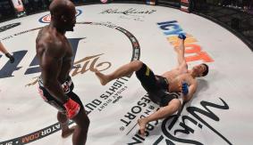 Bellator MMA 146 Report & Photos – Manhoef Shows 'No Mercy' to Kato