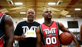 Video – Sam Watson, Floyd Mayweather Annual Charity Basketball Game