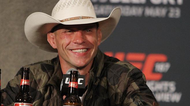 Donald Cerrone resigne avec l'UFC!