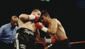 Video – Showtime Boxing: Round 10 of Ayala vs. Tapia 2