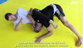Video – JitsMag: Emergency Omoplata with Daniel Franja