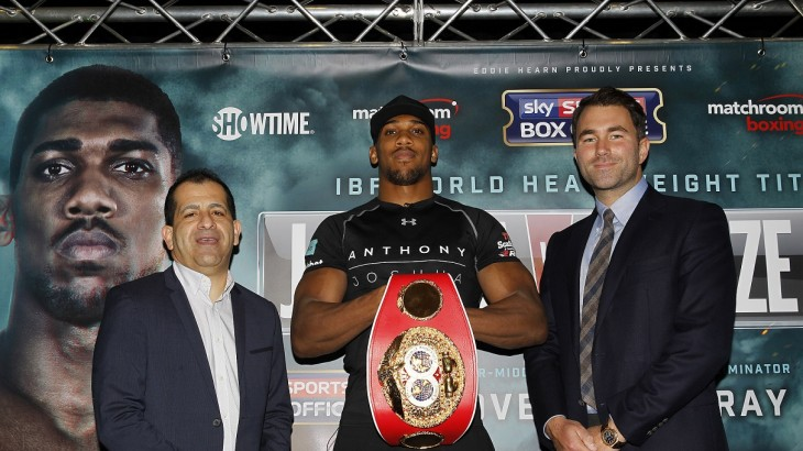 Anthony Joshua Signs Multi-Fight Deal with Showtime