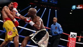 """Round 11 of Floyd Mayweather vs. Manny Pacquiao on """"Showtime Championship Boxing 30th Anniversary"""