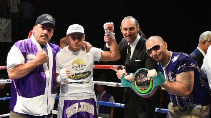 Cletus Seldin Knocks Out Jesus Selig in First Round to Remain Unbeaten