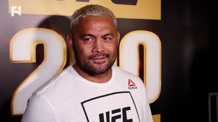 "Mark Hunt on UFC 200 Bout vs. Brock Lesnar – ""I Don't Know How That Guy Made 265"""