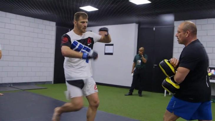 UFC 203: Stipe Miocic Relives Winning Heavyweight Title at UFC 198