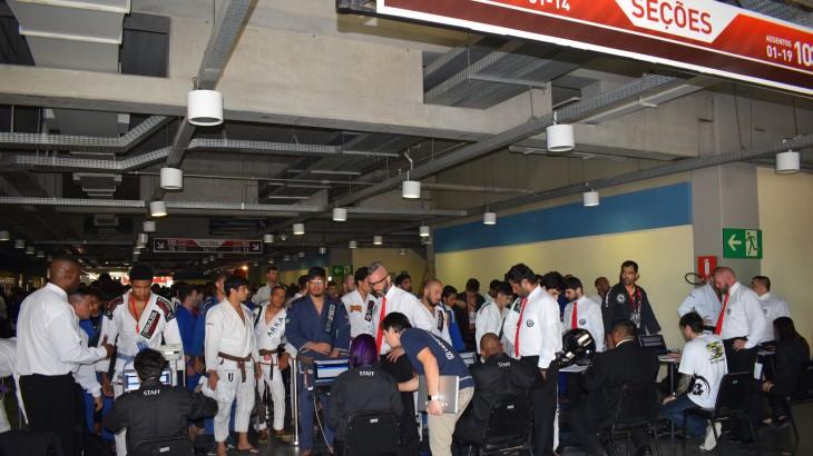 Abu Dhabi Grand Slam Rio de Janeiro 2016 Weigh-in Photos