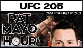 DFS MMA: UFC 205 DraftKings Picks & Preview: Conor McGregor vs. Eddie Alvarez