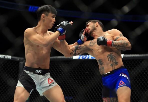 MMA_UFC206_CubSwanson_DooHoChoi