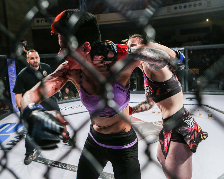 MMA_InvictaFC21_MeganAnderson_CharmaineTweet_2017_011417