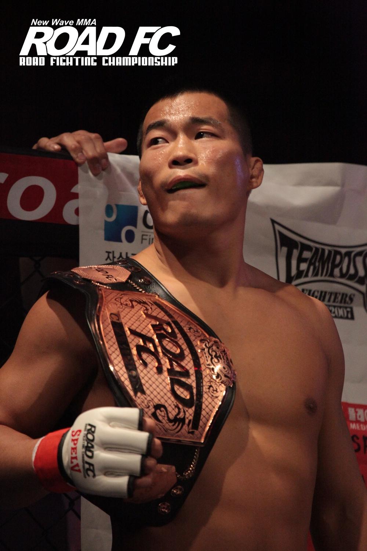 MMA Profile_ROADFC036