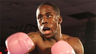 Tevin Farmer Inks Exclusive Deal with DiBella Entertainment