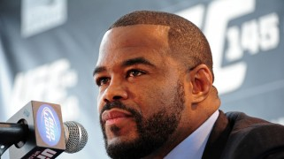Rashad Evans Out Six Months for Rehabilitation