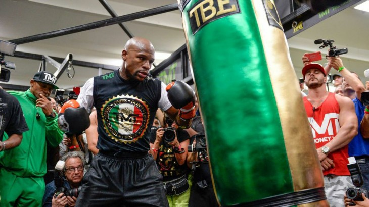 Watch LIVE Wed @ 6p ET – Floyd Mayweather Media Workout