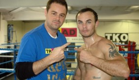 Danny Dyer Joins Kevin Mitchell for Final Training Session