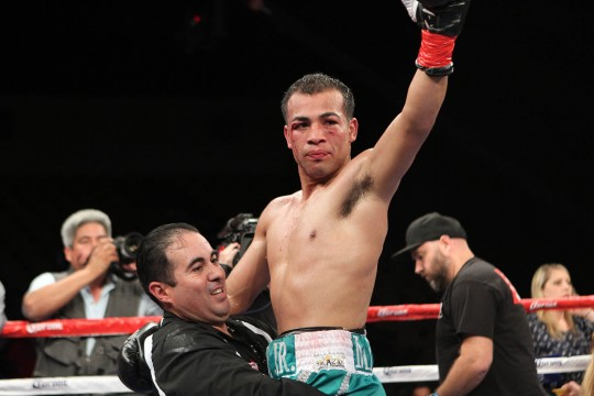 Ramos Jr. Wins Tight Decision Over Beltran to Remain Unbeaten