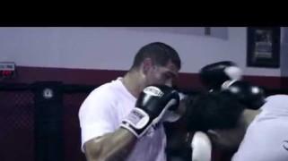 Video – UFC Fight Night 51: Bigfoot & Tibau Training Session