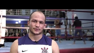 Video – UFC on FOX 13: Junior dos Santos Pre-Fight Interview