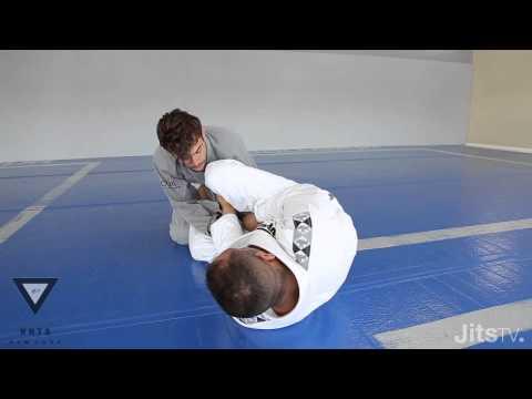 Video – JitsTV: Yuri Simoes Triangle Setup from Open Guard