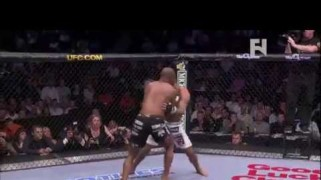 FN Video: UFC 173: Daniel Cormier vs. Dan Henderson Preview
